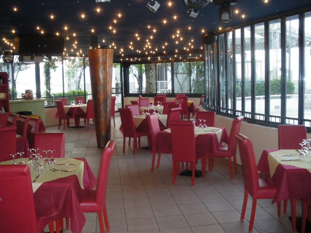 Cafe Solaire7.jpg