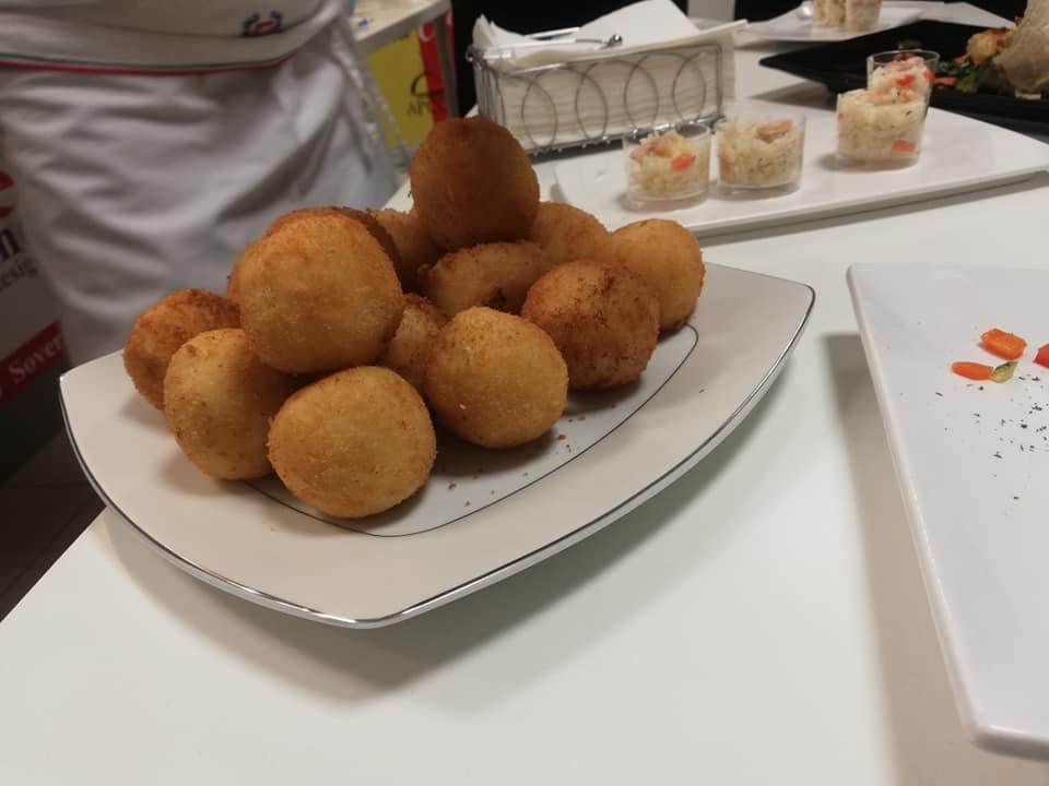 A_scuola_di_cucina_con_l'APC.Cz18